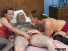 Awesome 3some with whores Anna and Mariah