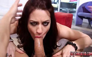 Jessica Ryan gets facefucked