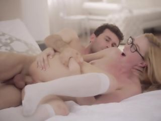 Sex With Babe With Glasses