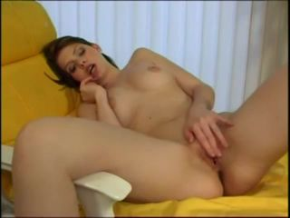 Teen strips off robe and masturbates her pussy