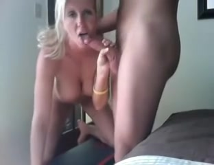 Well Built blonde has alot of Talent