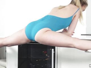 Sexy blonde Cali Sparks showing us her sexy positions