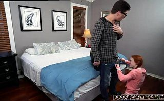 Brother blackmails teen playfellow&#039_s sister and swallow mouthful
