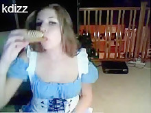 Hot big boobed brunette stickam girl \'kdizz\' masturbates her shaved pussy with a hairbrush on cam