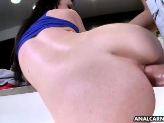 Big ass gets fucked in the ass