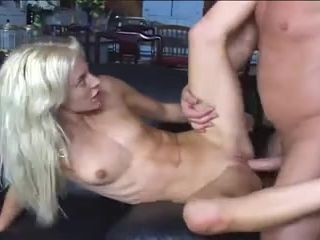 squirting wench