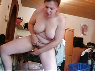 standing and squirting