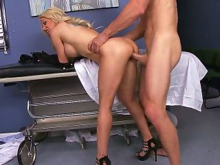 Helly Hellfire loves to bang with strong men and when she came to see the doctor, she decided to seduce him and swallow his delicious wiener. Dr. Sins