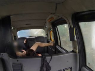 rimming in taxi