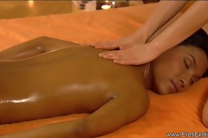 A Slow But Sensual Massage Touch For Girls