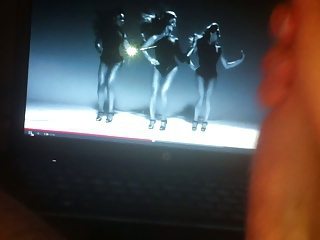 stroking to Beyonce Single Ladies